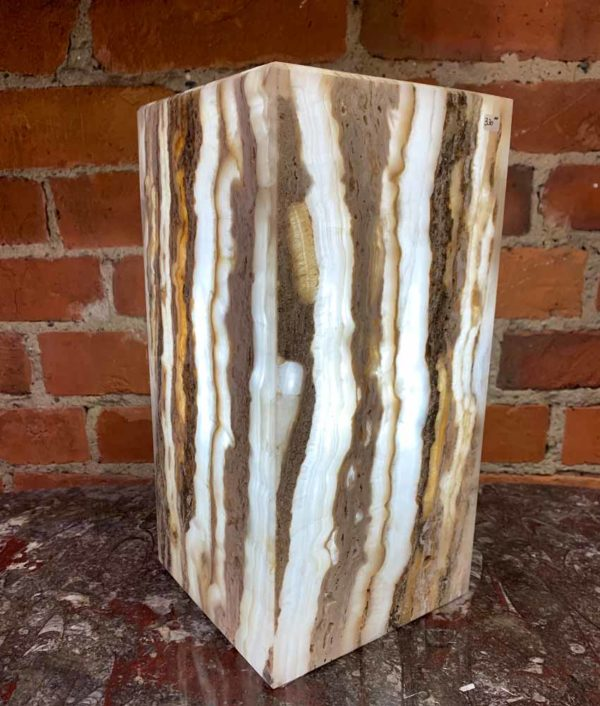 Agate Designs Onyx Lamp 002 Side